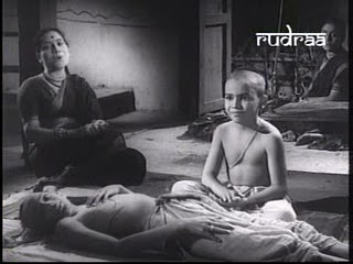 Still from film - Shyamchi Aai (Image courtesy - http://default19in.blogspot.com). Click for larger image.