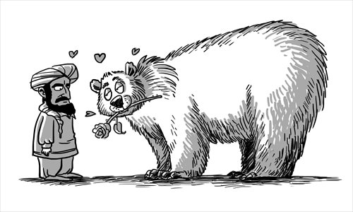 The Russian bear's expression says it all  |  Illustration: Liu Rui   |  Global Times | 2012-11-15 19:35:04
