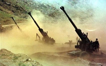 Bofors in action during the Kargil war. Lakhs of artillery rounds were used and guns worked well.  |  AFP PHOTO/TAUSEEF MUSTAFA